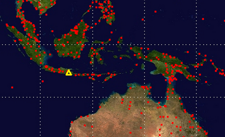 Map of airports around Kelut Volcano (shown as yellow triangle).  Airport locations from openflights.org.